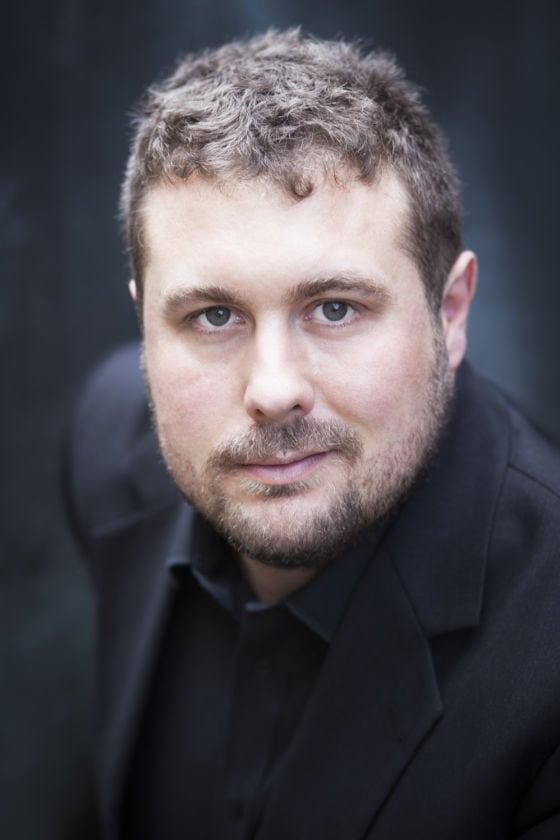 Alto Alex Potter singer