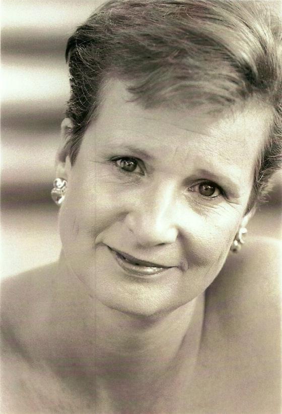 Anna Maria Dur Singer Mezzo-soprano