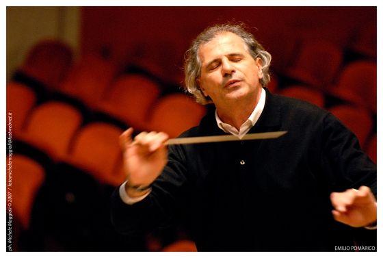 Emilio Pomàrico Dirigent