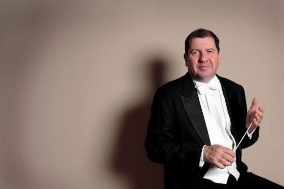 Ivor Bolton Conductor