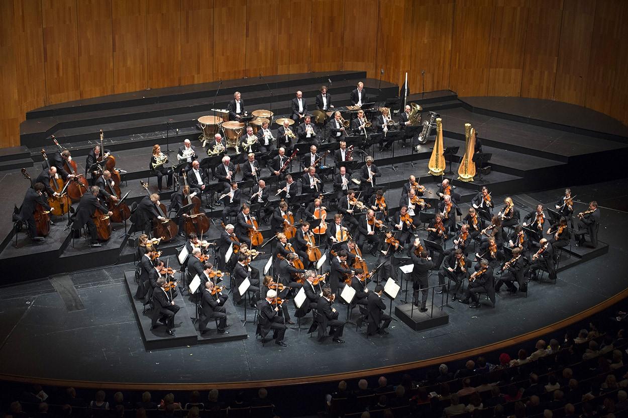 Aus der Serie Orchester zu Gast: Kirill Petrenko dirigiert die Berliner Philharmoniker bei den Salzburger Festspielen
