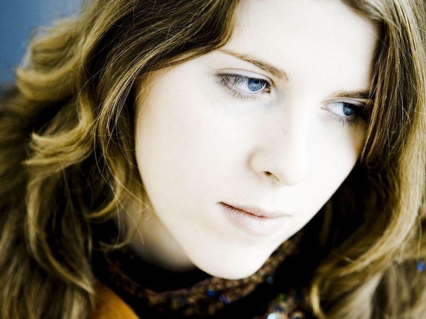 Polina Leschenko Klavierspielerin Klavier