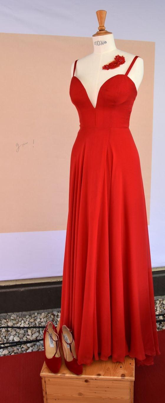 paramour dresses