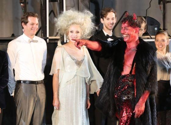Schlussapplaus Gregor Bloéb Jedermann Salzburger Festspiele 2019