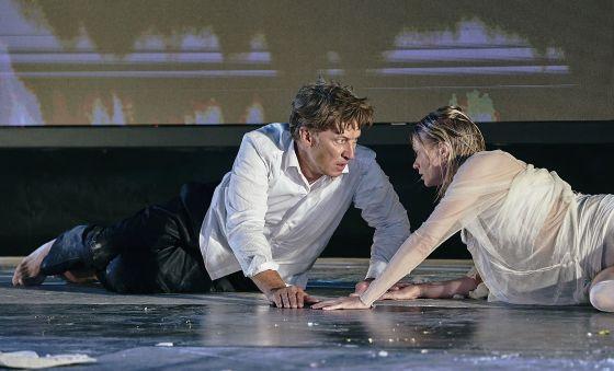 Tobias Moretti Mavie Hörbiger Jedermann Salzburger Festspiele 2019