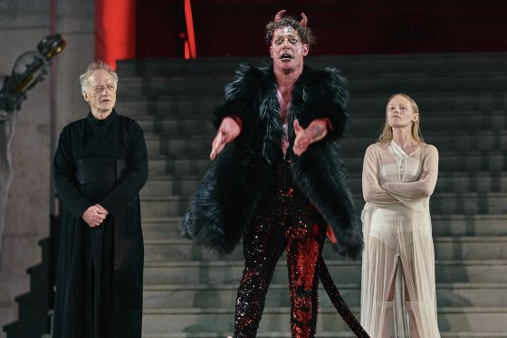 Falk Rockstroh Gregor Bloéb Mavie Hörbiger Jedermann Salzburger Festspiele 2019