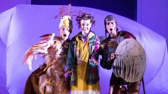 Zauberinsel Salzburger Festspiele 2019 Iurii Iushkevich , Carmen Artaza, Sarah Shine