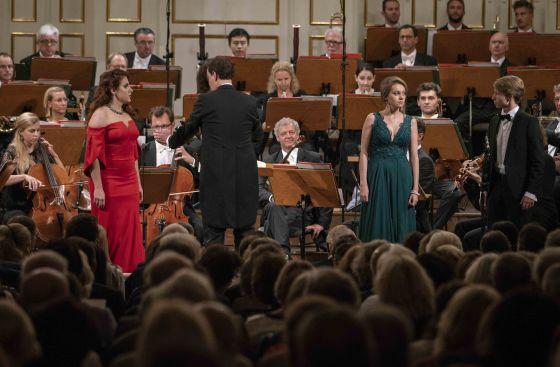 Abschlusskonzert YSP - Mozarteumorchester Salzburg · Kelly Salzburger Festspiele 2019: Valentina Pluzhnikova, Joanna Kędzior, Iurii Iushkevich