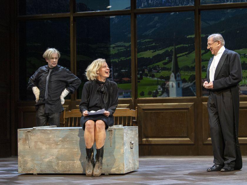 Die Empörten Salzburger Festspiele 2019: Sven Prietz, Caroline Peters, André Jung