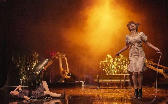 Liliom Salzburger Festspiele 2019 Maja Schöne, Yohanna Schwertfeger