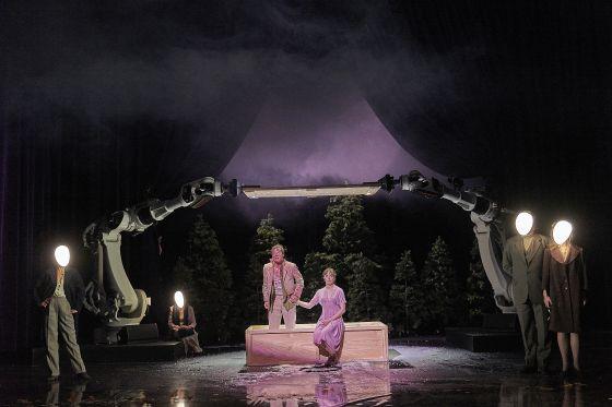 Liliom Salzburger Festspiele 2019 Jörg Pohl, Maja Schöne