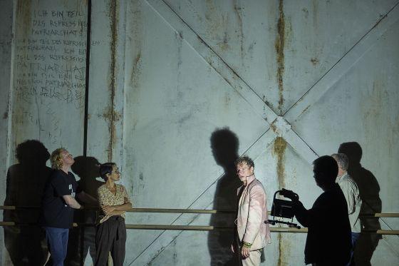 Liliom Salzburger Festspiele 2019 Julian Greis, Sandra Flubacher, Jörg Pohl