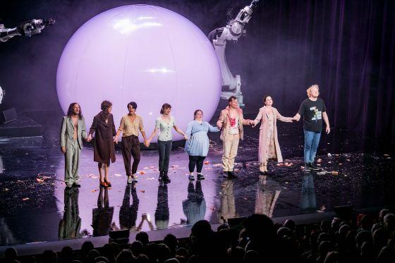Liliom Salzburger Festspiele 2019 · Schlussapplaus:Ensemble