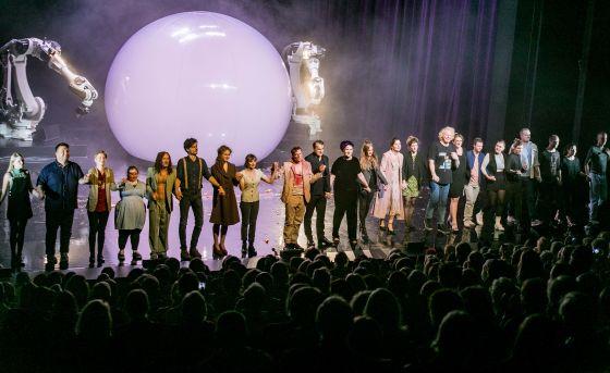 Liliom Salzburger Festspiele 2019 · Schlussapplaus: Ensemble