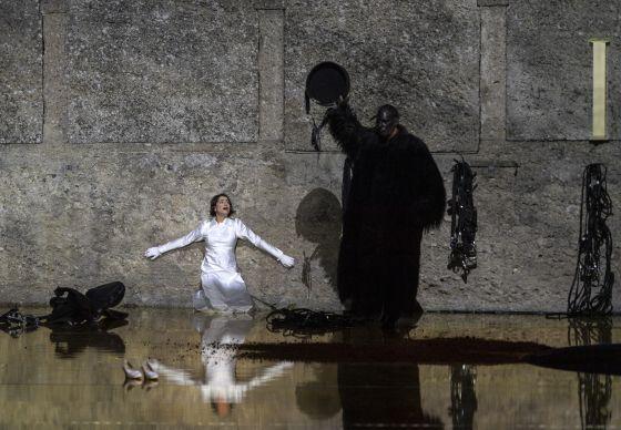 Salome Salzburger Festspiele 2019: Asmik Grigorian (Salome), Gábor Bretz (Jochanaan)