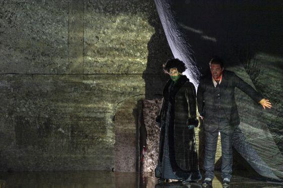 Salome Salzburger Festspiele 2019: Anna Maria Chiuri (Herodias), John Daszak (Herodes)