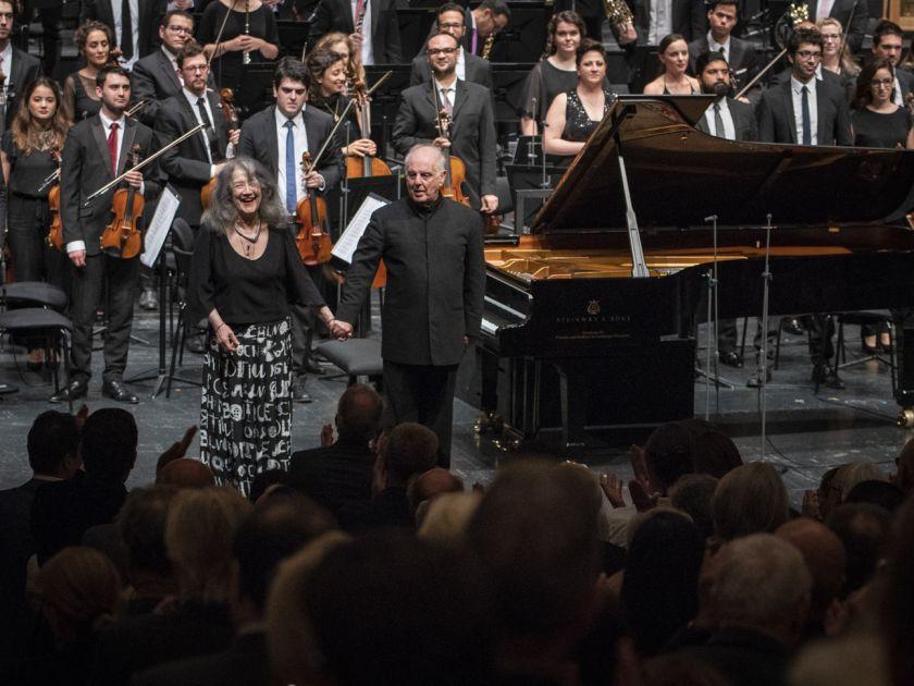 West-Eastern Divan Orchestra 1 · Barenboim Salzburger Festspiele 2019 Martha Argerich, Daniel Barenboim, West-Eastern Divan Orchestra