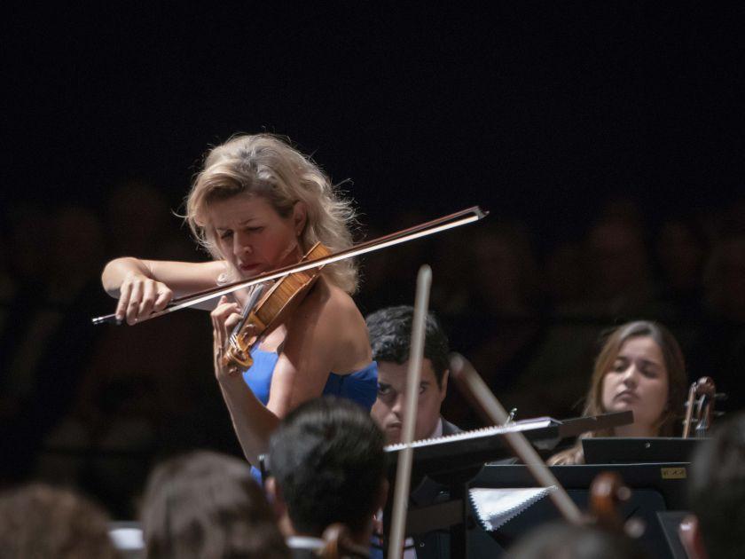 West-Eastern Divan Orchestra 2 · Barenboim Salzburger Festspiele 2019: Anne-Sophie Mutter