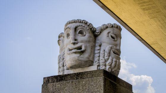 Maskensäule Salzburger Festspiele Hofstallgasse