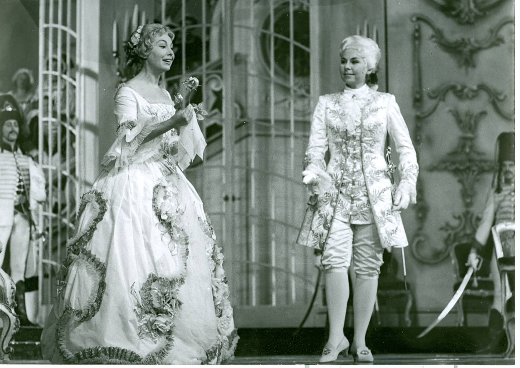 Richard Strauss Der Rosenkavalier Anneliese Rothenberger and Christa Ludwig Salzburg Festival