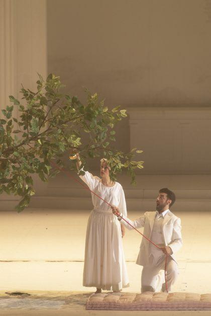 Don Giovanni 2021: Anna Lucia Richter (Zerlina), Davide Luciano (Don Giovanni)