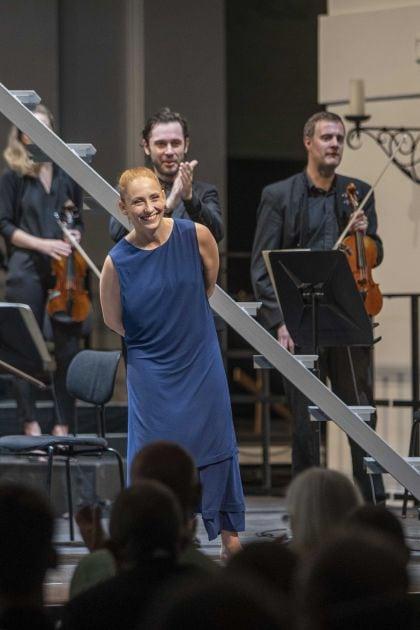 Inori – Le Balcon · Pascal 2021: Emmanuelle Grach (Tanz-Mimin), Le Balcon