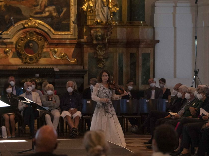 La lontananza – Kopatchinskaja · Richard 2021: Patricia Kopatchinskaja (Violin)