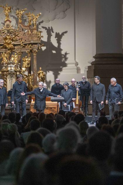 Officium defunctorum — Capella Reial · Hespèrion XXI · Savall · Klangforum Wien · Heras-Casado 2021: Jordi Savall (Conductor), La Capella Reial de Catalunya, Hespèrion XXI