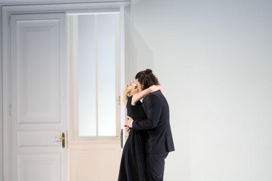 Così fan tutte 2021: Elsa Dreisig (Fiordiligi), Andrè Schuen (Guglielmo)