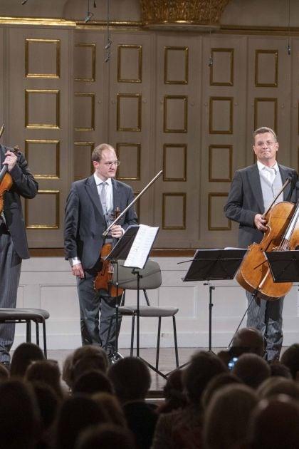 Chamber Concert Wiener Philharmoniker 2021: Elmar Landerer (Viola), Holger Tautscher-Groh (Violin), Tilman Kühn (Viola Bruckner), Wolfgang Härtel (Violoncello), Volkhard Steude (Violin)