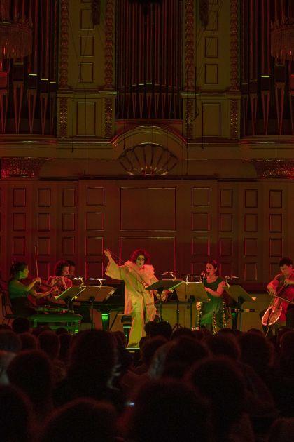 Chamber Concert Kopatchinskaja & Friends 2021: Meesun Hong Coleman (Violin/Viola), Júlia Gállego (Flute/Piccolo), Patricia Kopatchinskaja (Speech Song/Violin), Iris Zerdoud (Clarinet/Bass clarinet), Thomas Kaufmann (Violoncello)