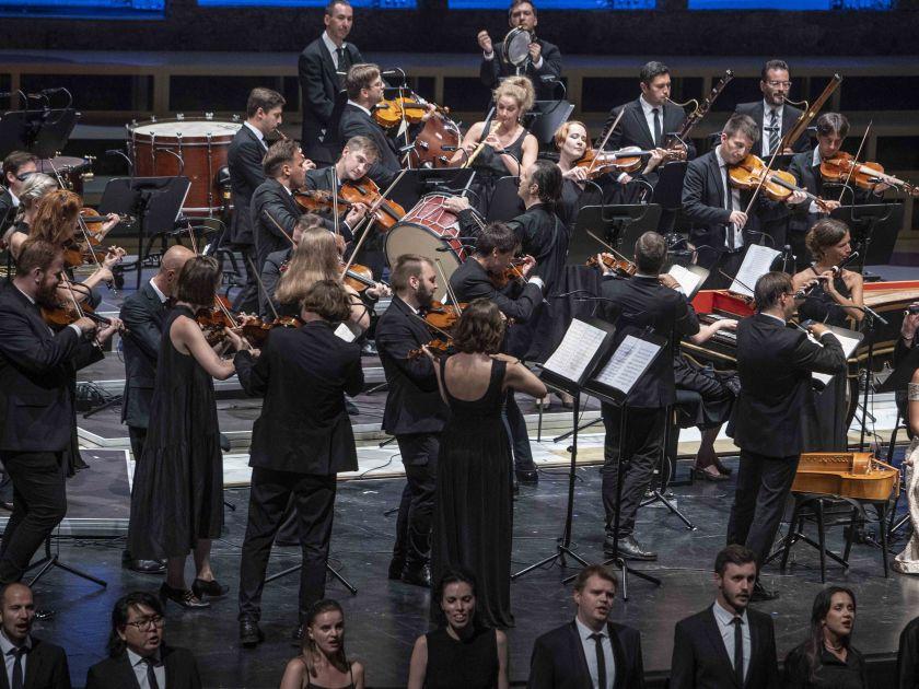 musicAeterna Orchestra & Choir 2 · Currentzis 2021: Teodor Currentzis (Conductor), Sara Blanch (Soprano), musicAeterna Choir, musicAeterna